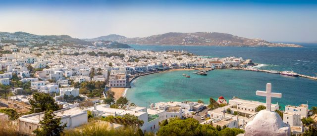 Mykonos: Traditional & International