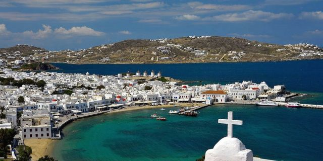 Mykonos, the island where past and present blend together