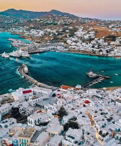 The most chic, elegant, fashionable and delicious dinner venues in Mykonos town